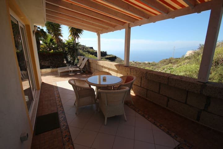 Casa Romeo Finca Montimar Classy cottage with secluded sea-facing terrace