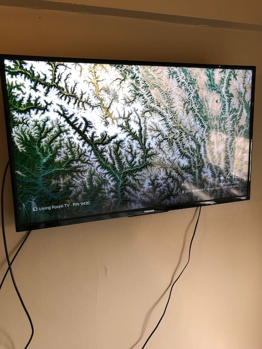 "50"" tv with chromecast and basic cable"