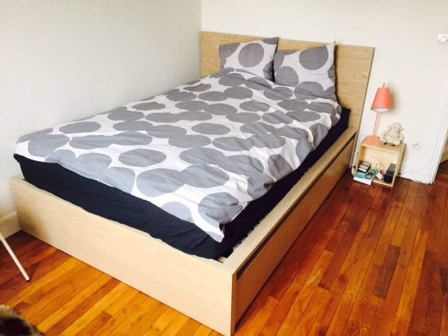 Bel appartement de 40 m2 5 min gare clamart apartments for Appartement clamart gare