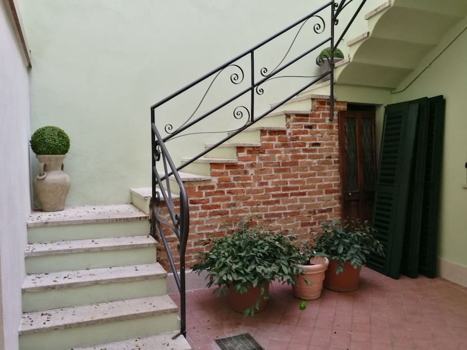 Private courtyard