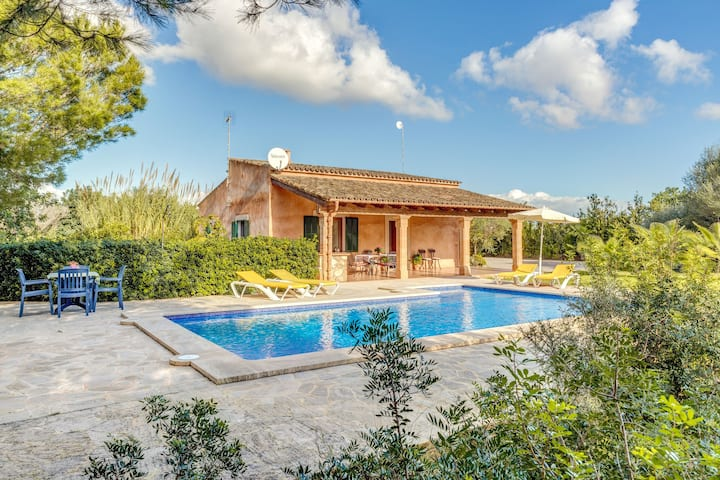 In a peaceful location with pool - Casa Rústica