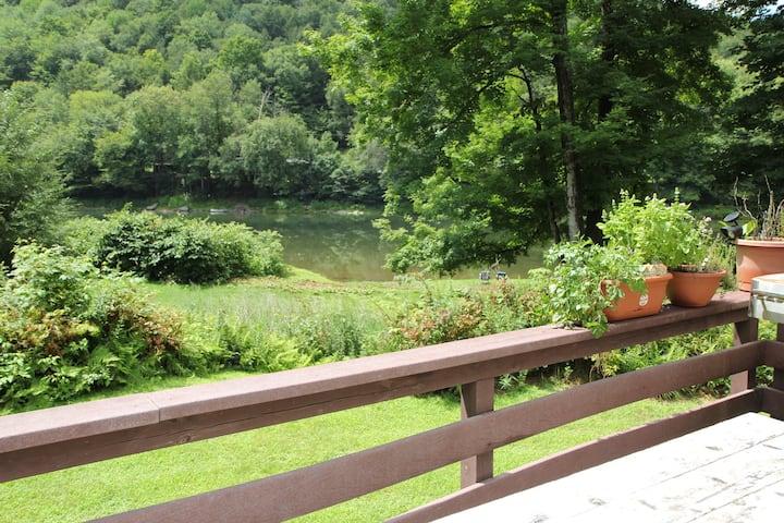 Catskills Riverfront Paradise!