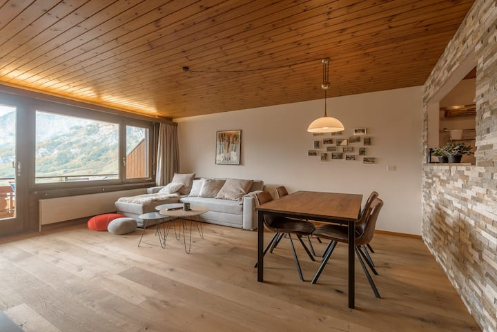 Lovely Renovated Apartment with Breathtaking View