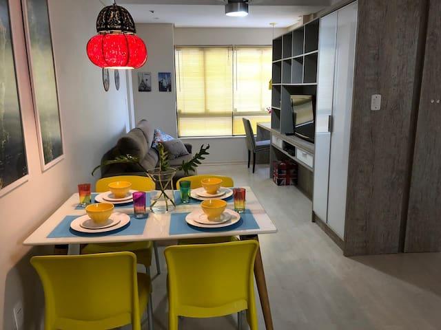 200m Praia Brava/Amores - Lindo Apartamento