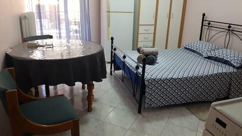 Cozy apartment by the sea, Nea Artaki