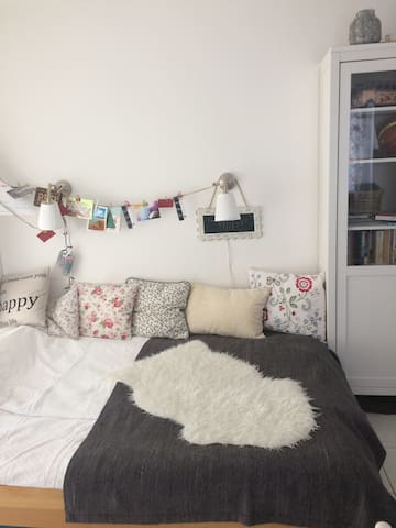 Cute and cozy one-room apartment!