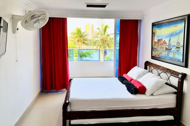 Studio apartment on Laguito, Cartagena