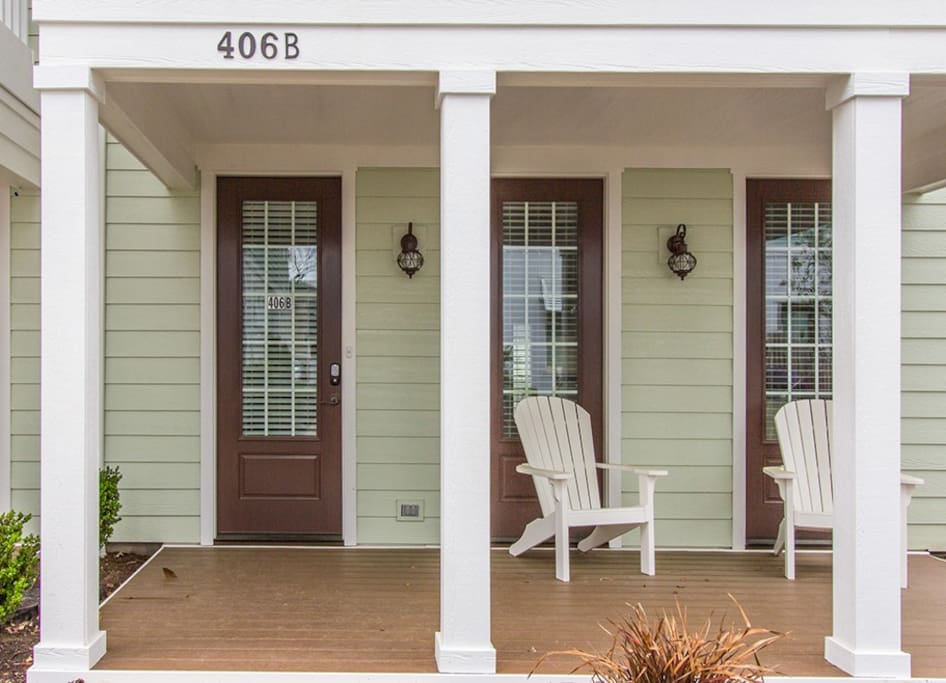 Two Bedroom Cottage Exterior Front Porch with Chairs