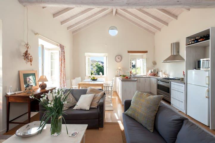 Kali Thea Cottage , Corfu - Ano Korakiana - Ev