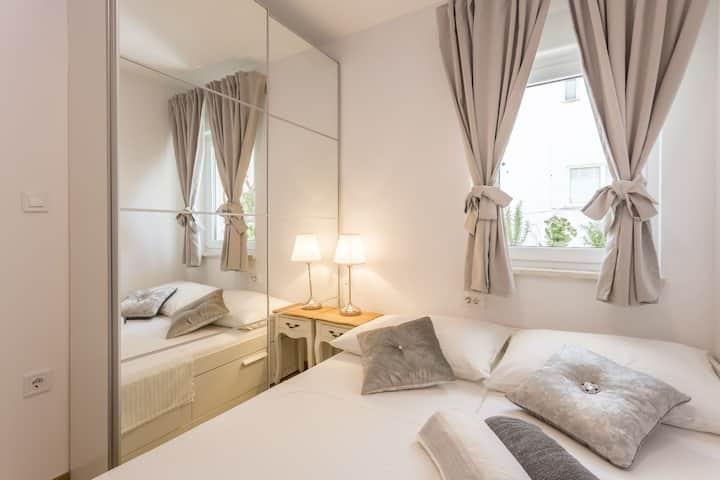 Apartments Milla ***