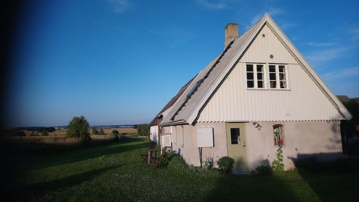 Farm Apartment in village outside Lund.