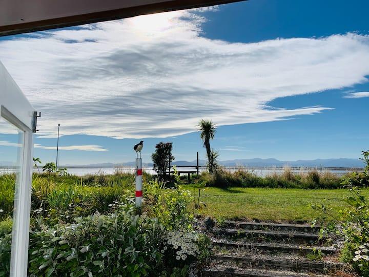 The Beach Kiwi