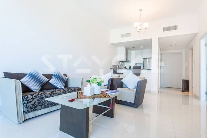 Gorgeous 1 Bedroom Marina & Palm View