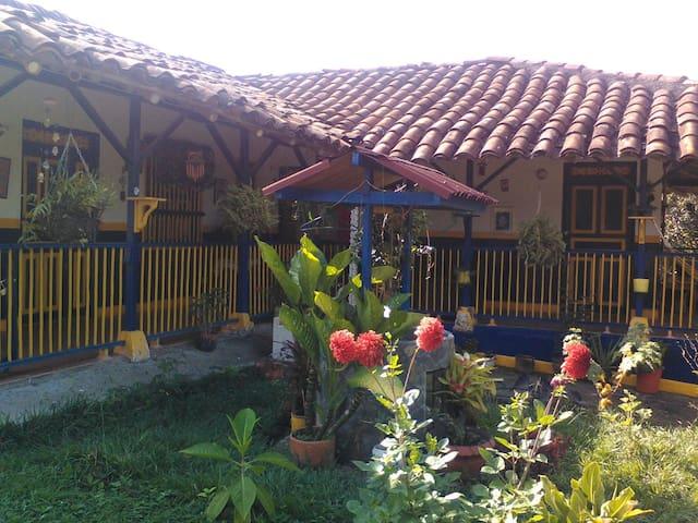 Casa Campestre PINZACUA