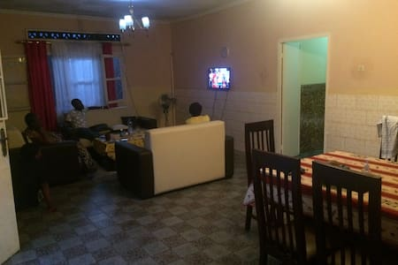Three Bedrooms house in central Kinshasa Kasa Vubu