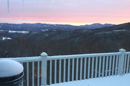 One of a kind views - Beech Mountain