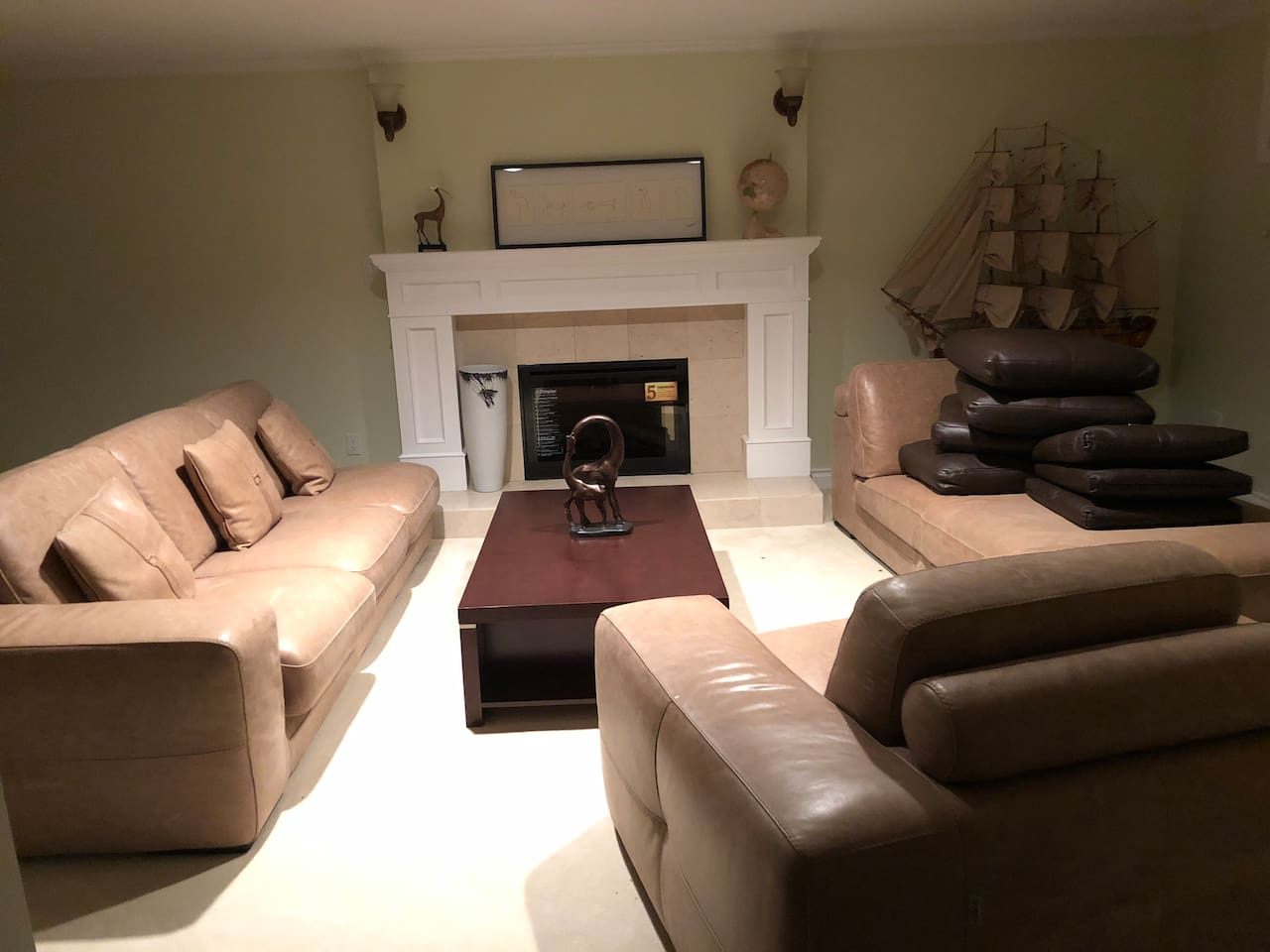 living room can be shared