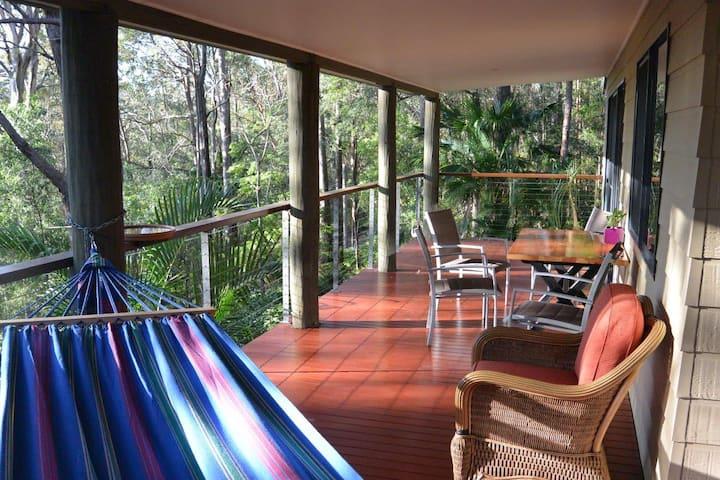 Tallebudgera Hideaway Two - quiet bushland retreat
