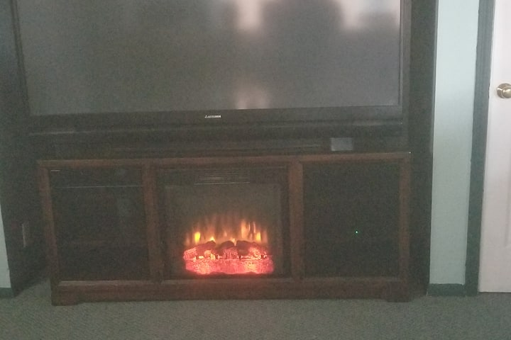 A Country Invite: Toasty and warm by the tv/fire