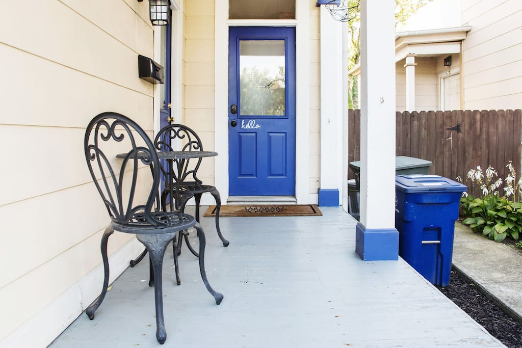 Front porch - Welcome!