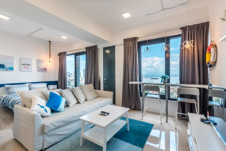 Sparkling Seaview Studio at Macalister Georgetown