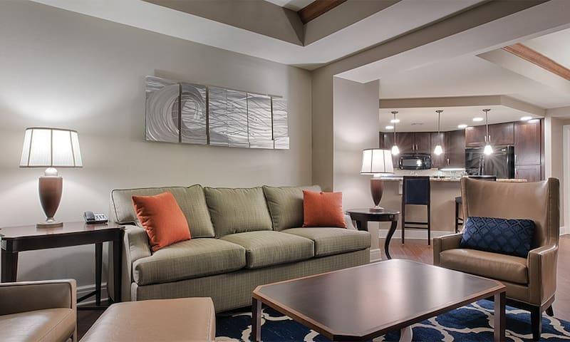 2 Bdrm Pres. Suite - DC/ Nat'l Harbor Condo Resort
