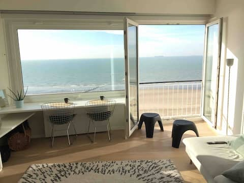 Beautiful Sea View Apartment (B'Berge/Bruges)