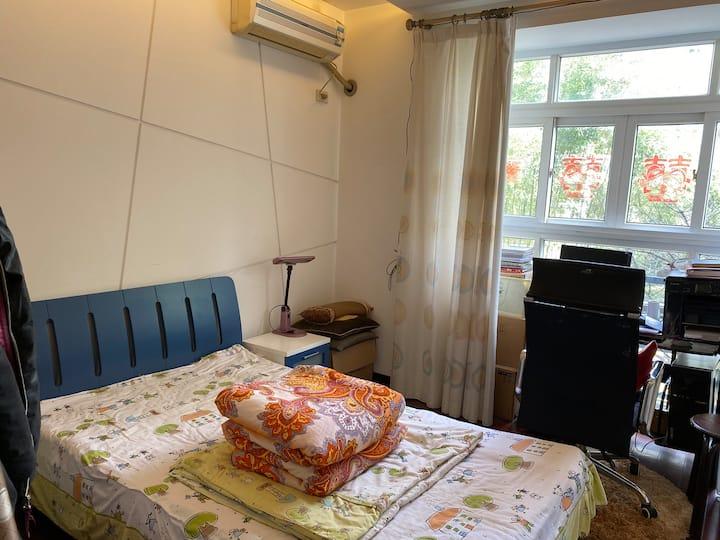 舒适便宜单人房