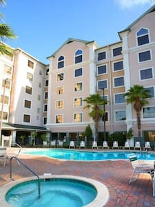 Stay Sky Suites 512 Perfect Location