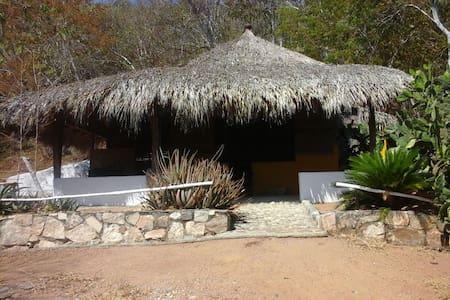 Rancho Macondo. Casitas encantadoras en Mazunte - Mazunte - Doğa içinde pansiyon