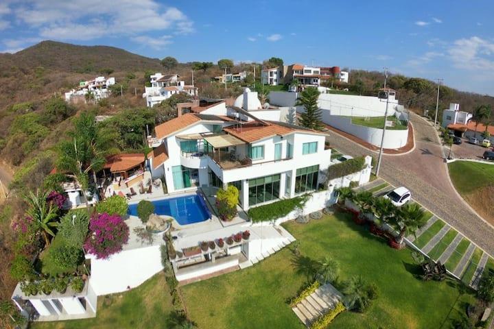 Casa del Gallito. Hermosa residencia en San Diego