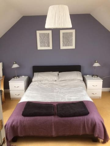 Light & spacious double room in Alltyryn, Newport - Newport - Huis