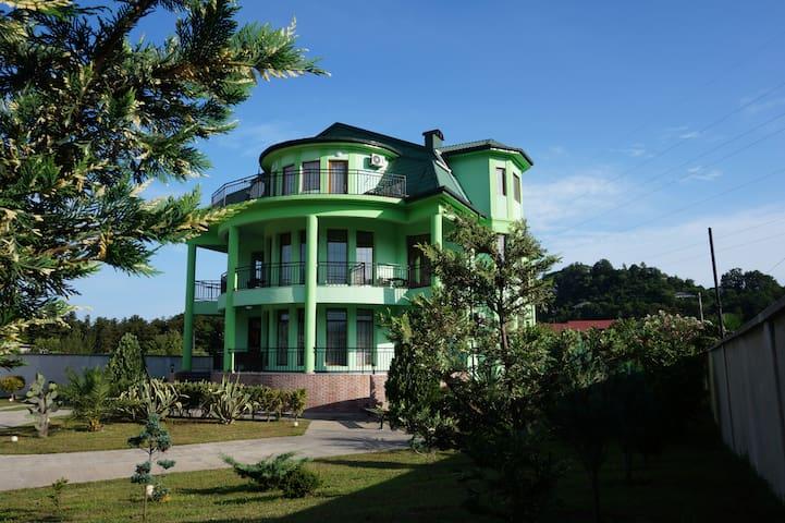 villa qero Nani