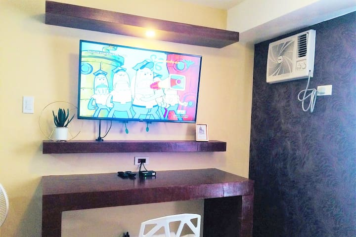 Modern Studio Type Unit for rent Tondo,Manila