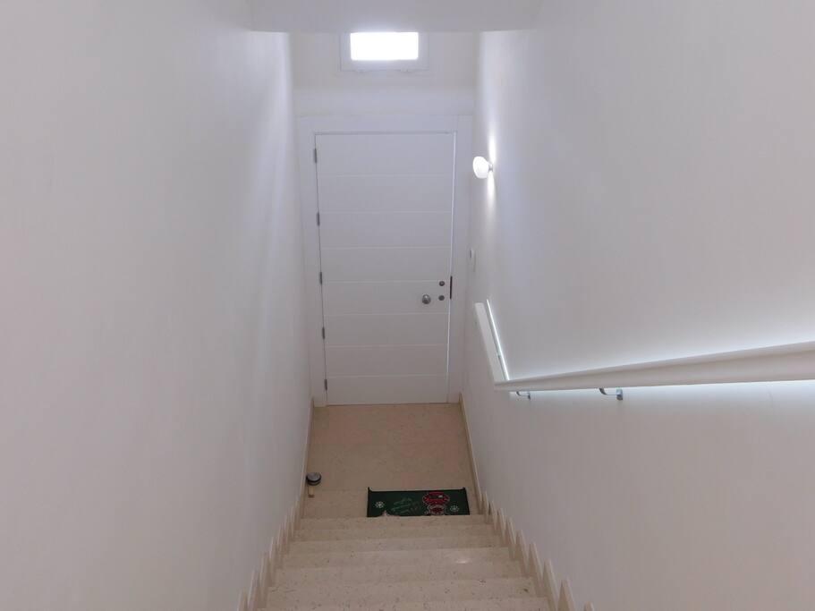 Rampe di scale da 18 gradini  altezza 14