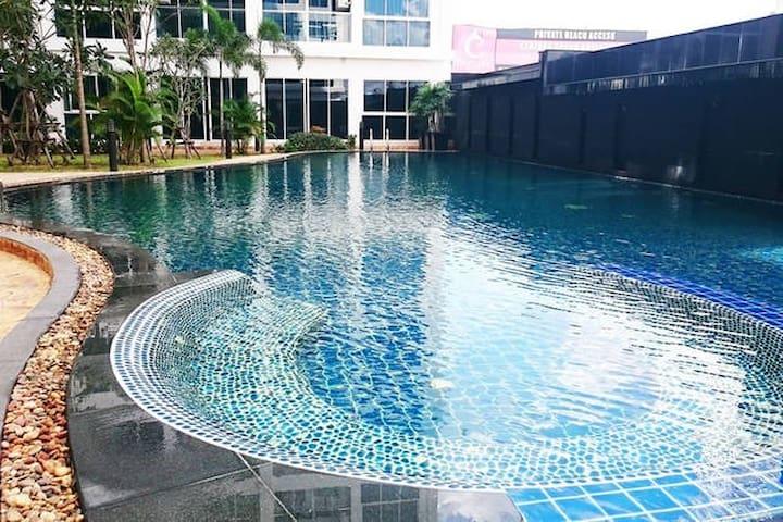 Spacious apartment 300 meter from beach! - Muang Pattaya - Apartmen perkhidmatan