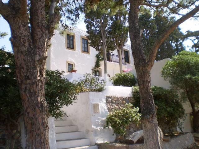 Kampos beach house - Kampos - Casa