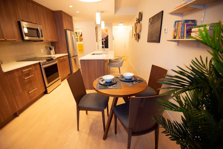 Modern Condo in Mission - Downtown Calgary