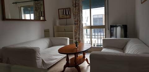 Comfortable House. C/ Castellar 58 Room 1