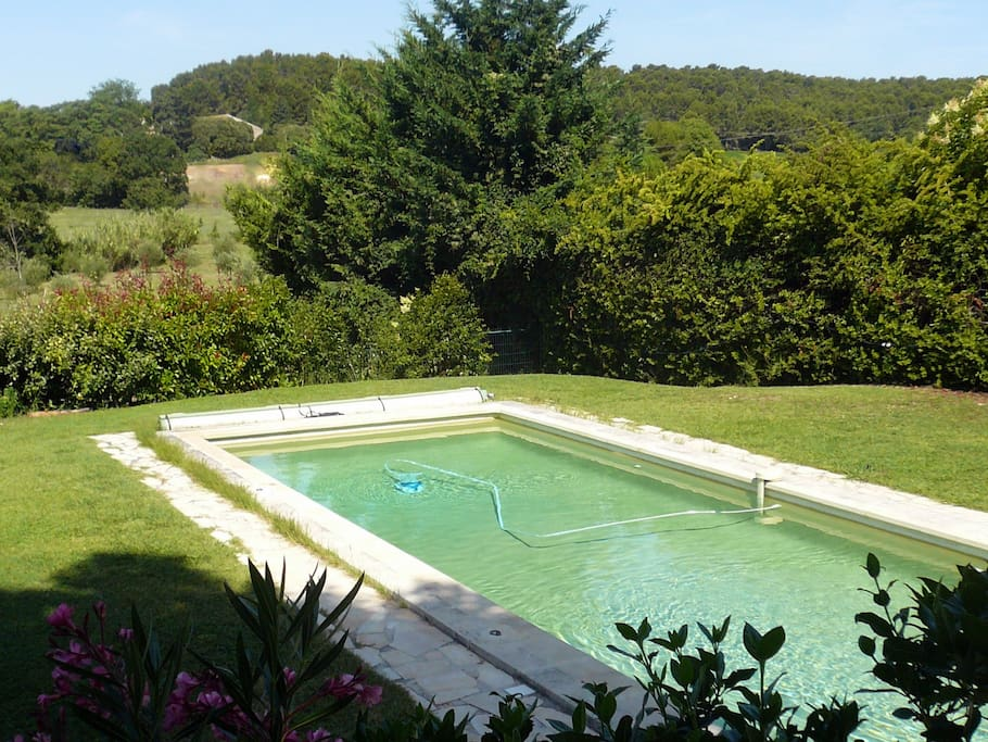 renovated farmbuilding with pool near golf course in laws for rent in aix en provence. Black Bedroom Furniture Sets. Home Design Ideas