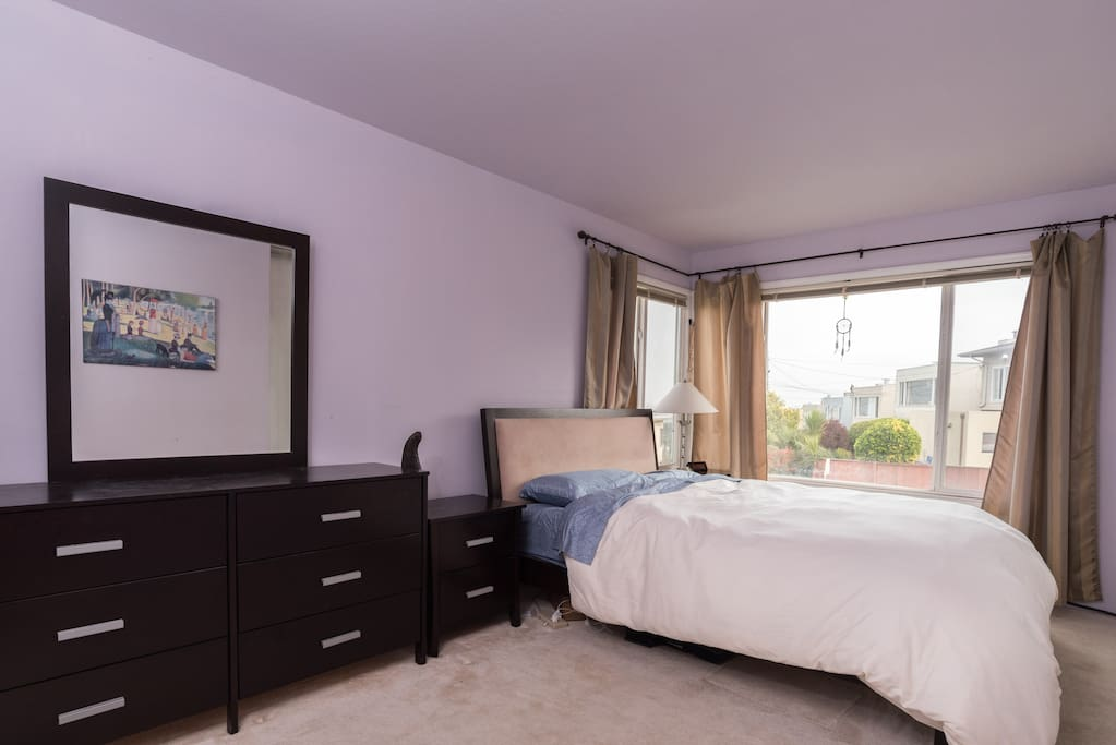 Master Suite In Ocean View House Houses For Rent In Daly City California United States