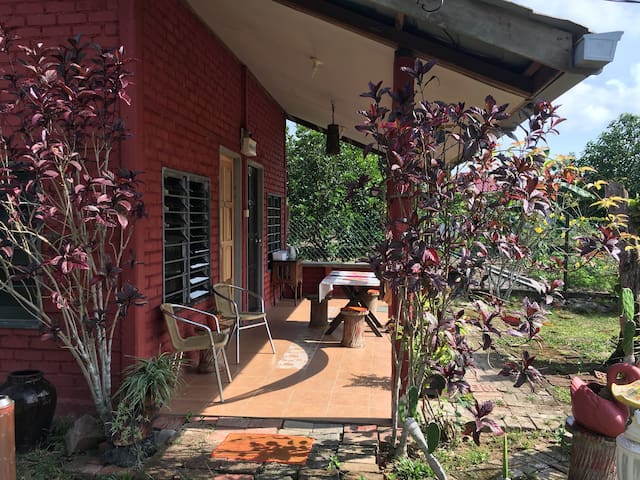 Willa's Guesthouse Chalet C