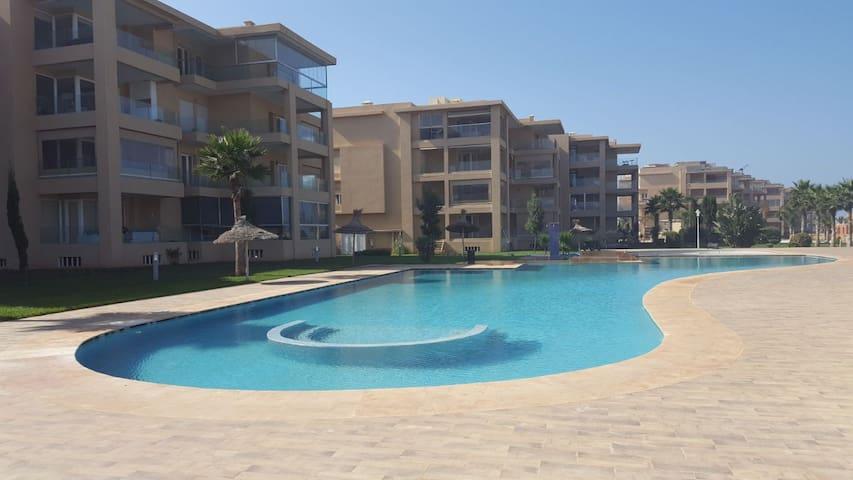 Apartment by the sea - Sun, SPool, Surf & Beach.