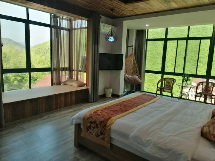 观竹一号,临近碧坞龙潭,周边风景优美,一张大床,一室一卫,清洁干净