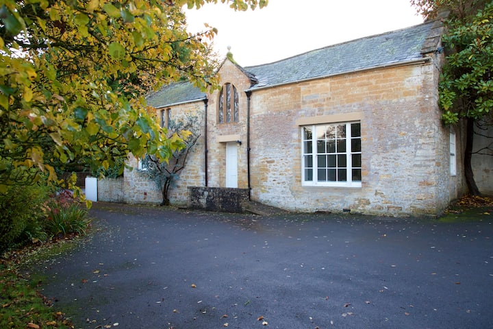 Charming 2 Bed Annex at Georgian Manor House
