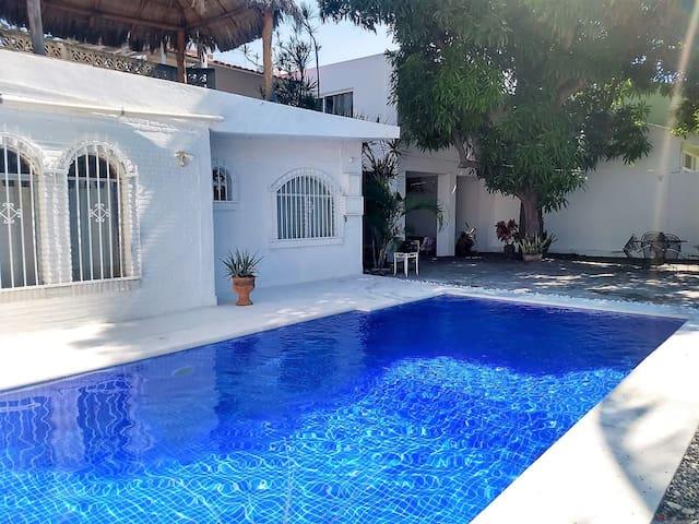 Beautiful Beach House in Manzanillo