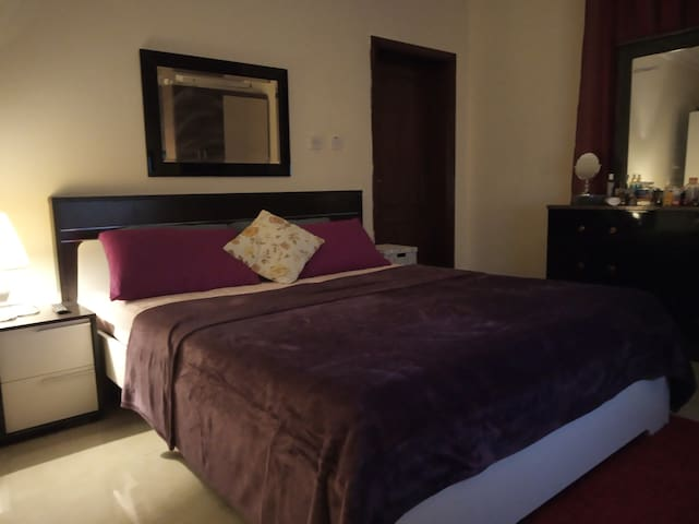 Private Room with Ensuite  Bathroom in Doha Jadeed