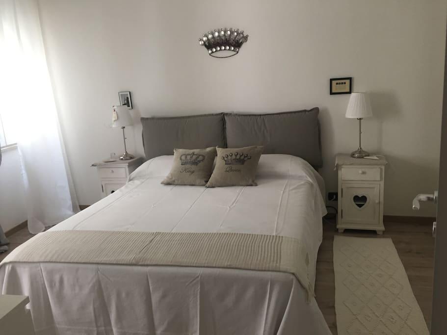 Comodo appartamento in pieno centro storico appartamenti for Affitto appartamento arredato reggio emilia