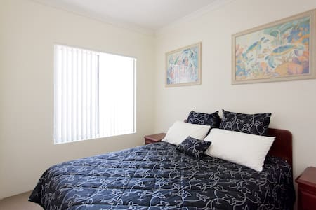 Light airy room in Butler - Butler