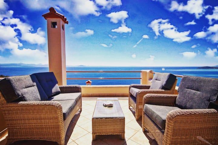 Sapphire Deluxe Sea View Suite